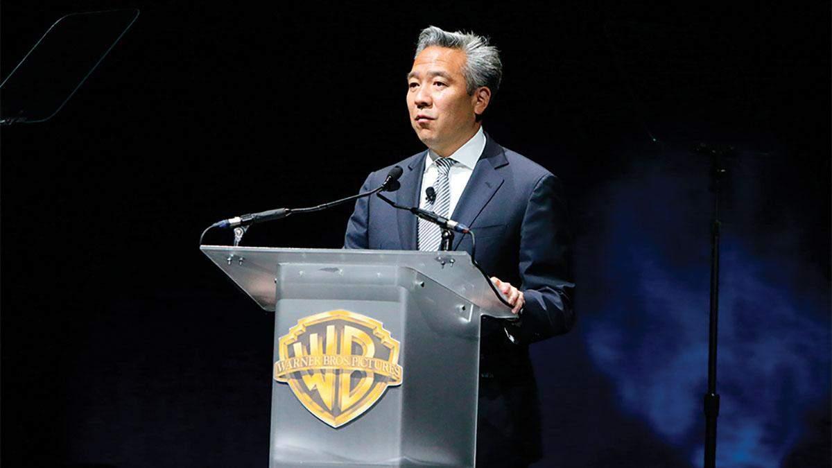 Глава Warner Brothers Кевин Цудзихара уволился: скандальная причина