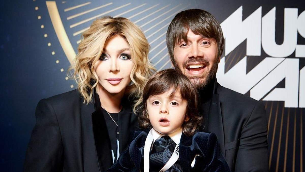 Ірина Білик опублікувала кумедний ролик із чоловіком та сином