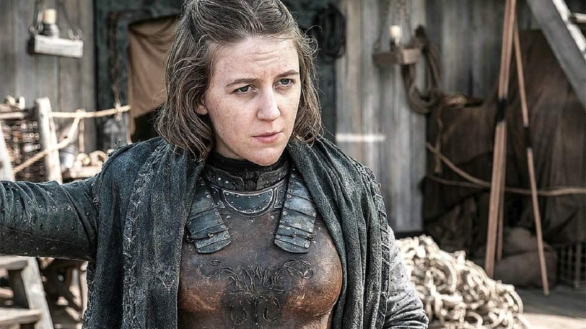 """Акторка """"Гри престолів"""" показала, як годує грудьми дочку під час знімання серіалу: фото"""