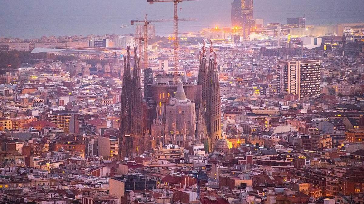 Храм Святого Сімейства у Барселоні добудують