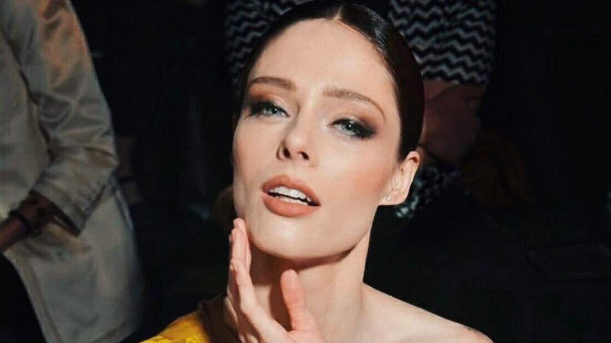 Модель Коко Роша примерила аксессуар украинского бренда