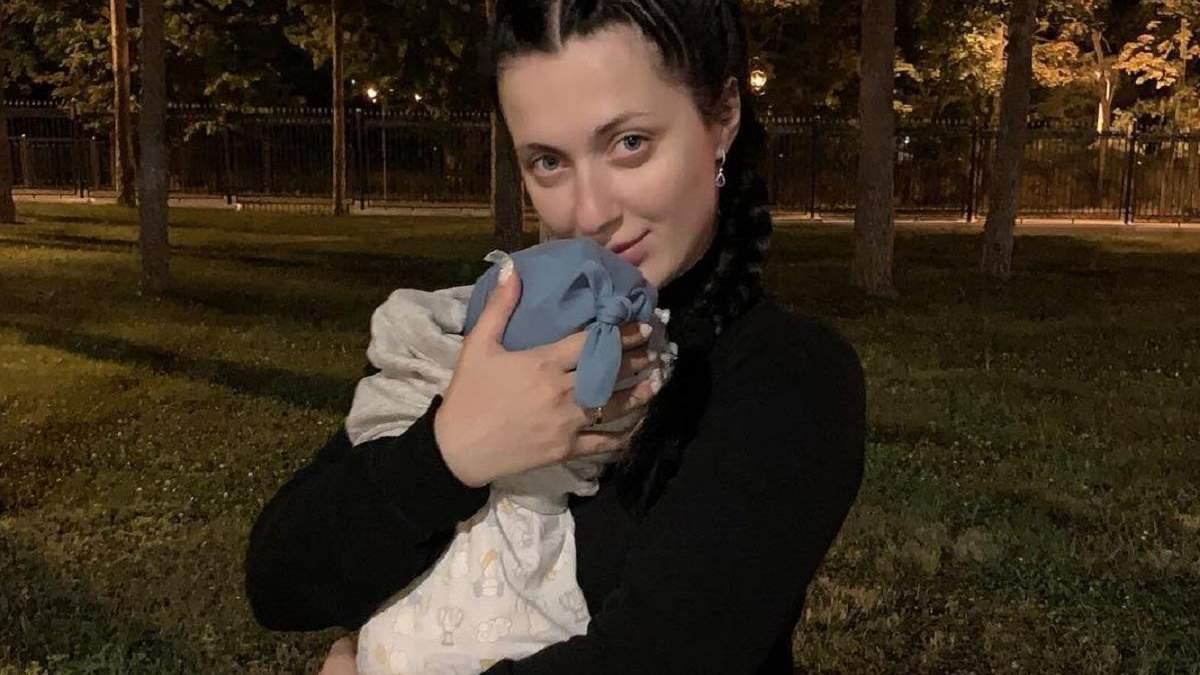 Снежана Бабкина рассказала, как летела в Италию с 1-месячным малышом: трогательные фото