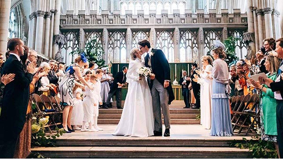 Еллі Голдінг та Каспар Джоплінг одружились: фото з весілля