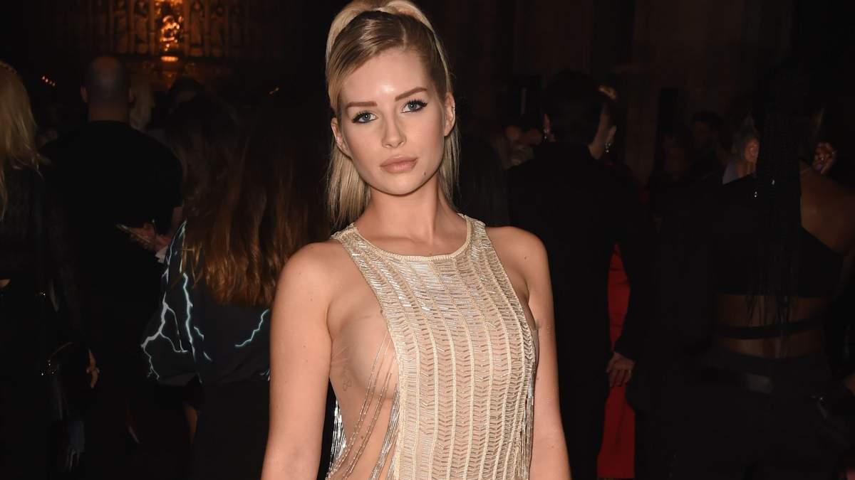 """Молодша сестра Кейт Мосс продемонструвала груди в """"голій сукні"""" у Лондоні: відверті знімки"""
