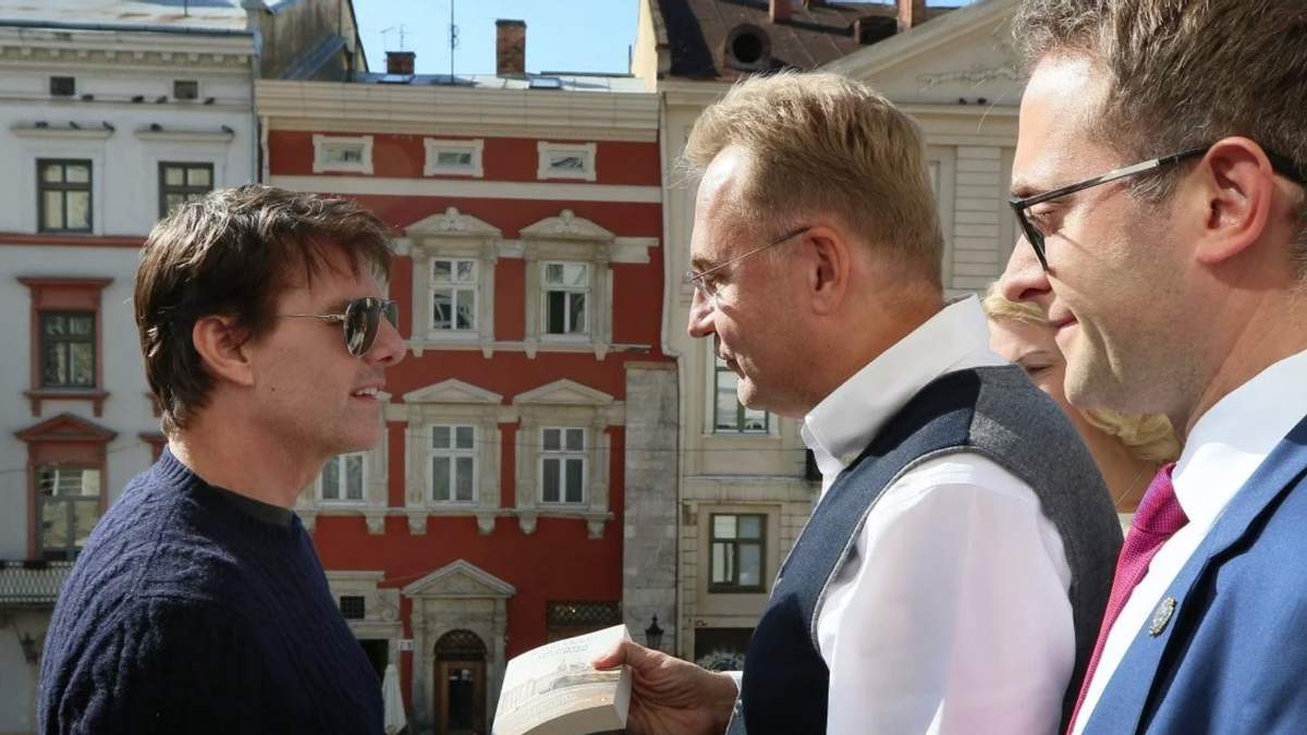 Навіщо Том Круз прилетів до Львова - фото