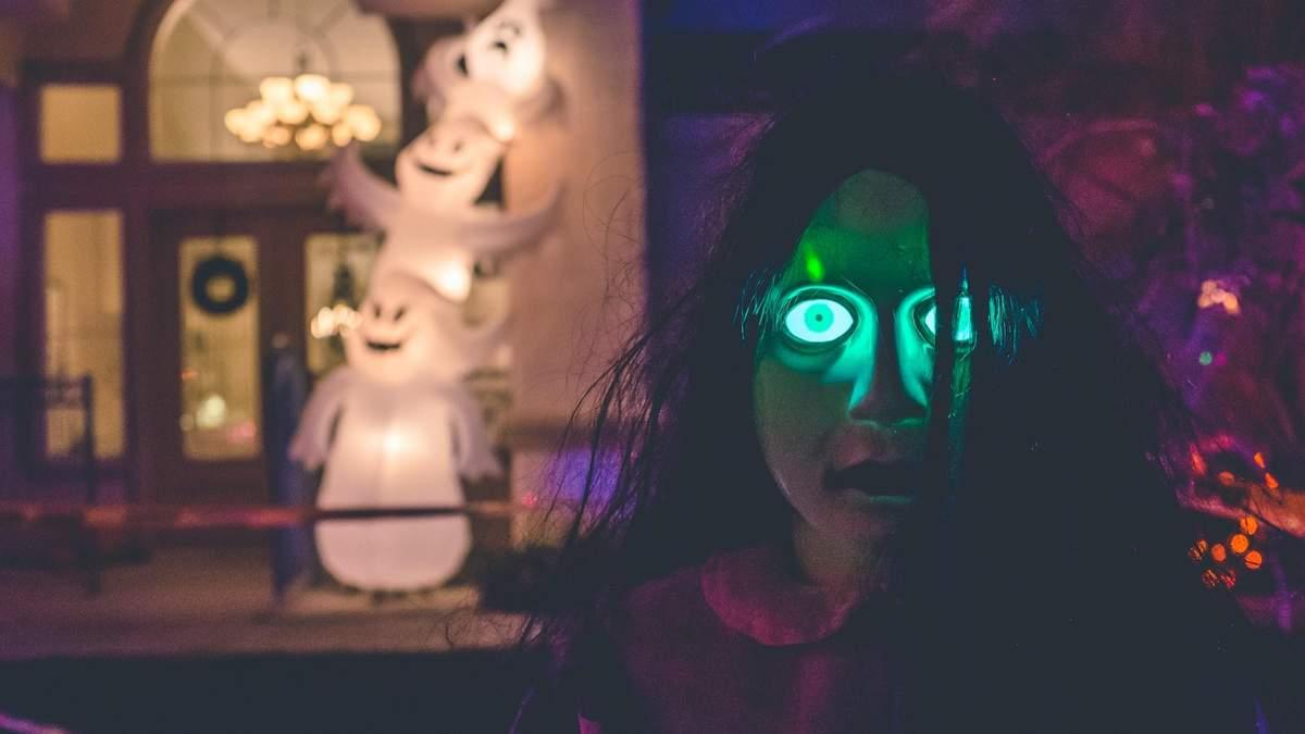 Макіяж на Хелловін 2020 – легкий макіяж в домашніх умовах