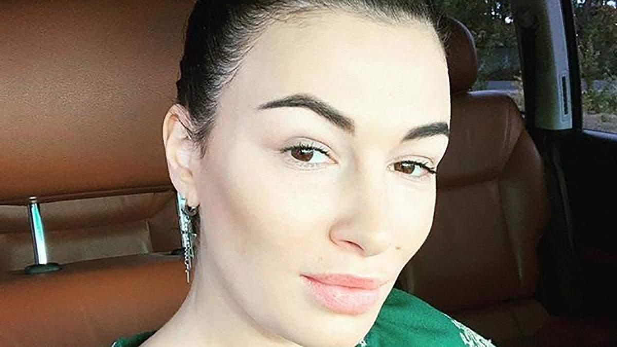 Анастасія Приходько виграла у скандальній справі проти Порошенка