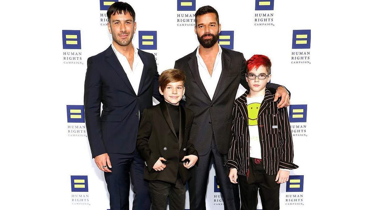 Рікі Мартін з родиною