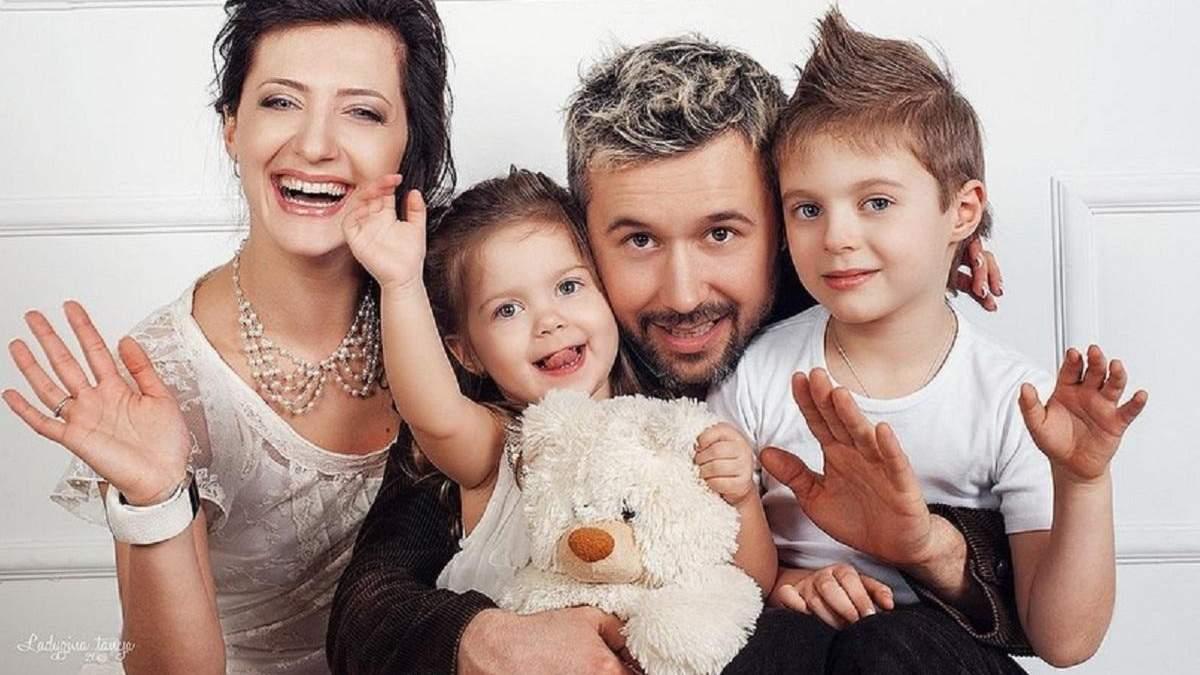 Сніжана Бабкіна з Сергієм і дітьми