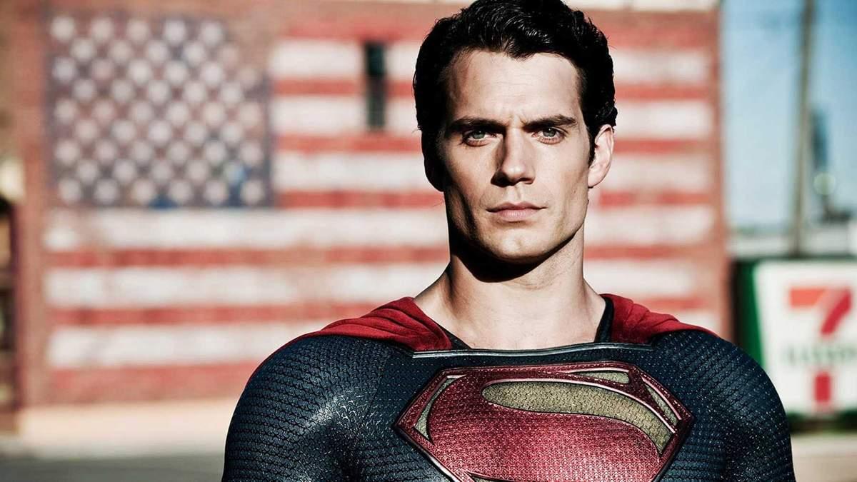 Генрі Кавілл в ролі Супермена