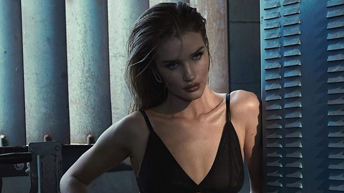 Рози Хантингтон-Уайтли в сексуальной съемке