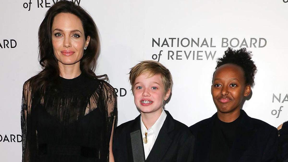 Відтепер Джон: дочка Анджеліни Джолі та Бреда Пітта змінила ім'я