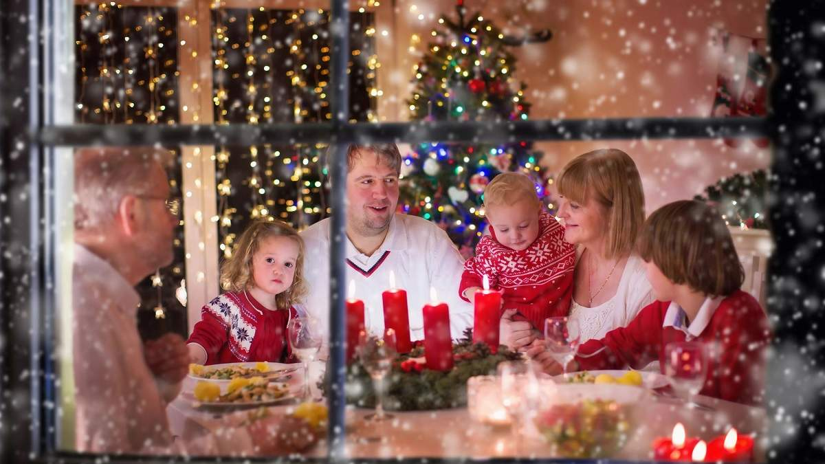 Привітання з католицьким Різдвом – картинки та листівки із святом