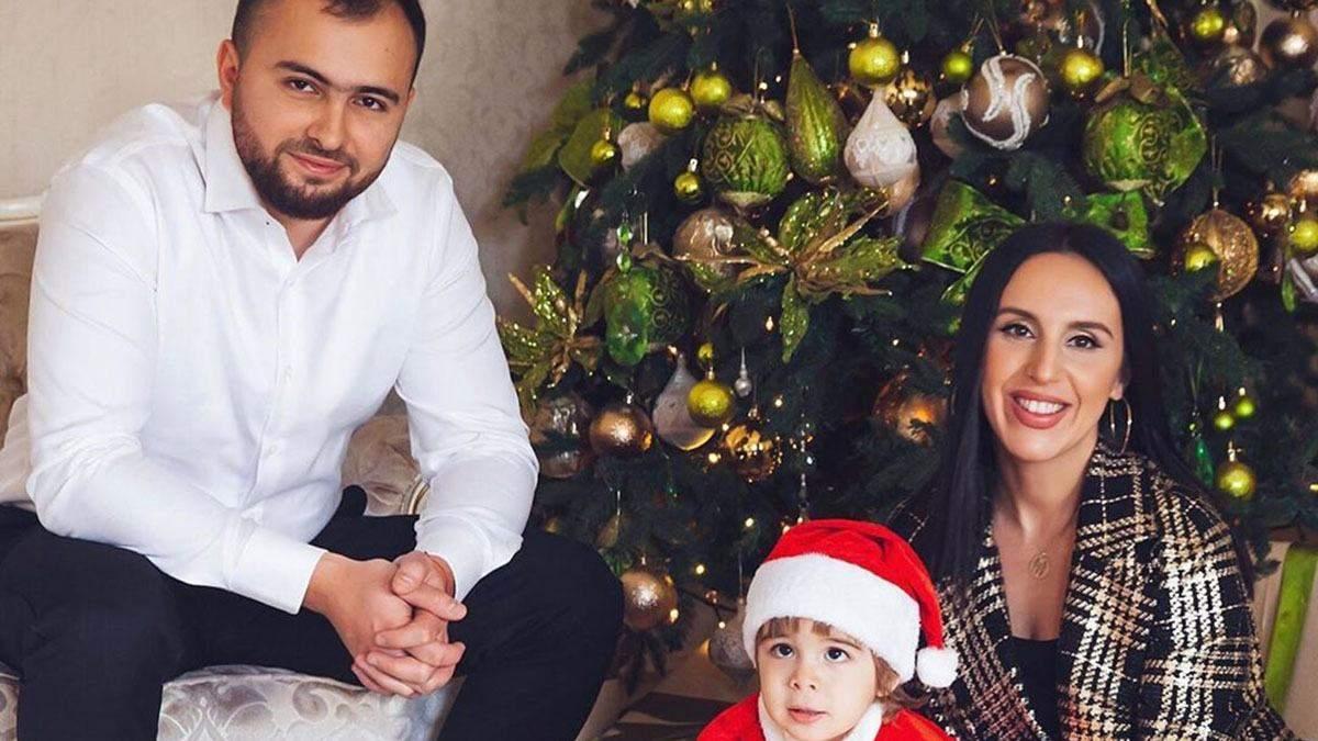 Від Лілії Ребрик до Джамали: новорічні фото українських зірок з дітьми