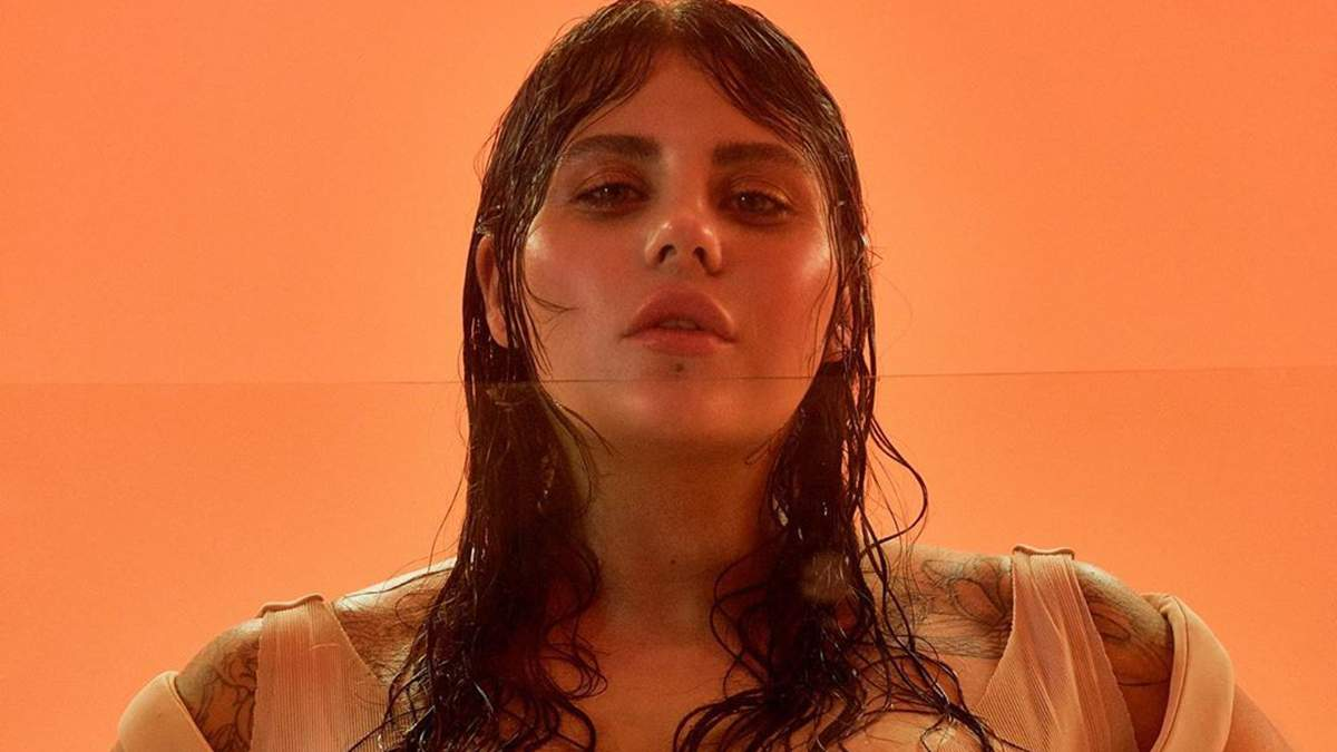 """KAZKA объяснила главную идею скандального клипа на песню """"Палала"""""""
