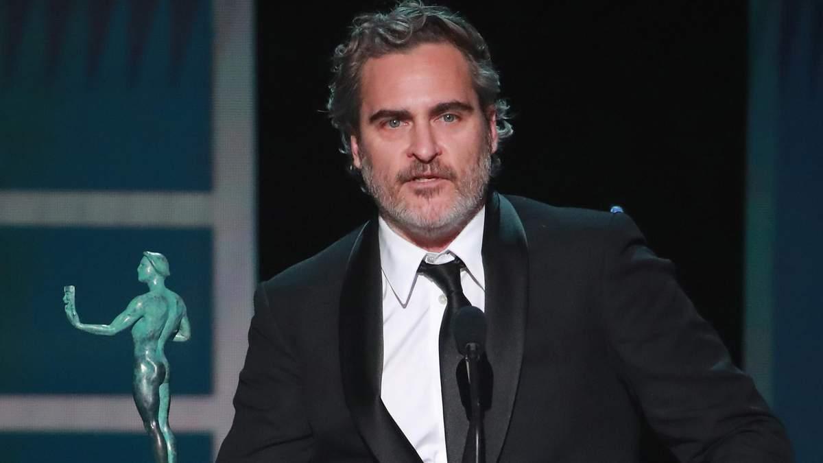 """Хоакін Фенікс присвятив перемогу за """"Джокера"""" на SAG Awards 2020 померлому колезі Гіту Леджеру"""