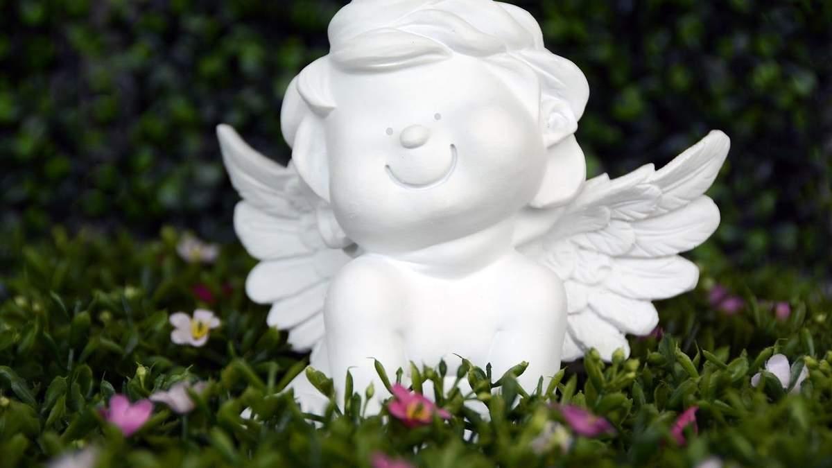 День Ангела Григорія: найкращі привітання у картинках