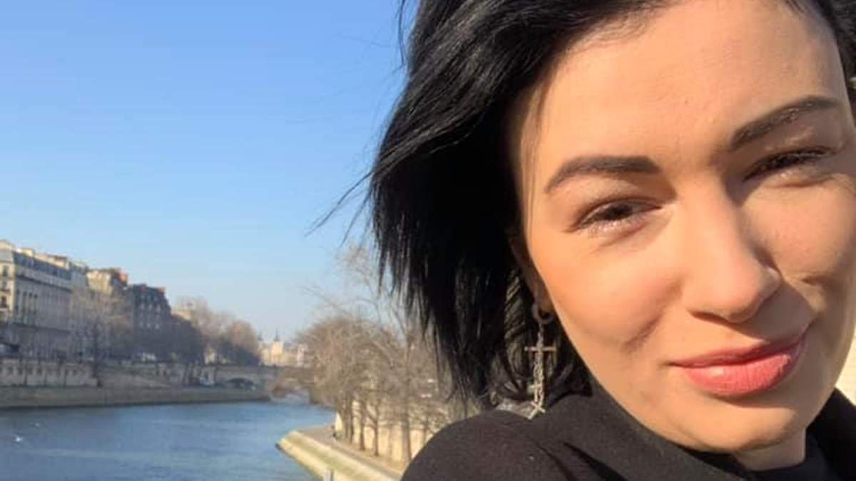 Анастасія Приходько у Парижі