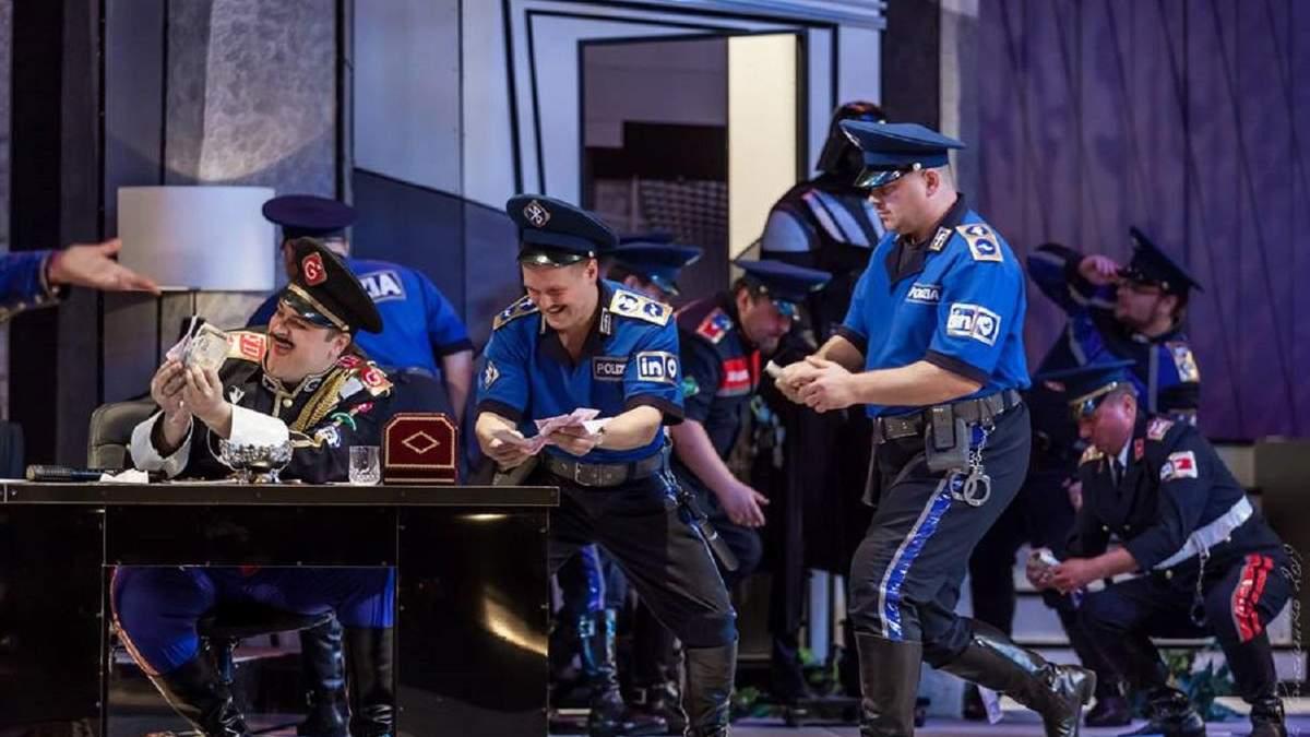 Національна опера здивує класикою на новий лад: футбол, електросамокати і мечі джедаїв