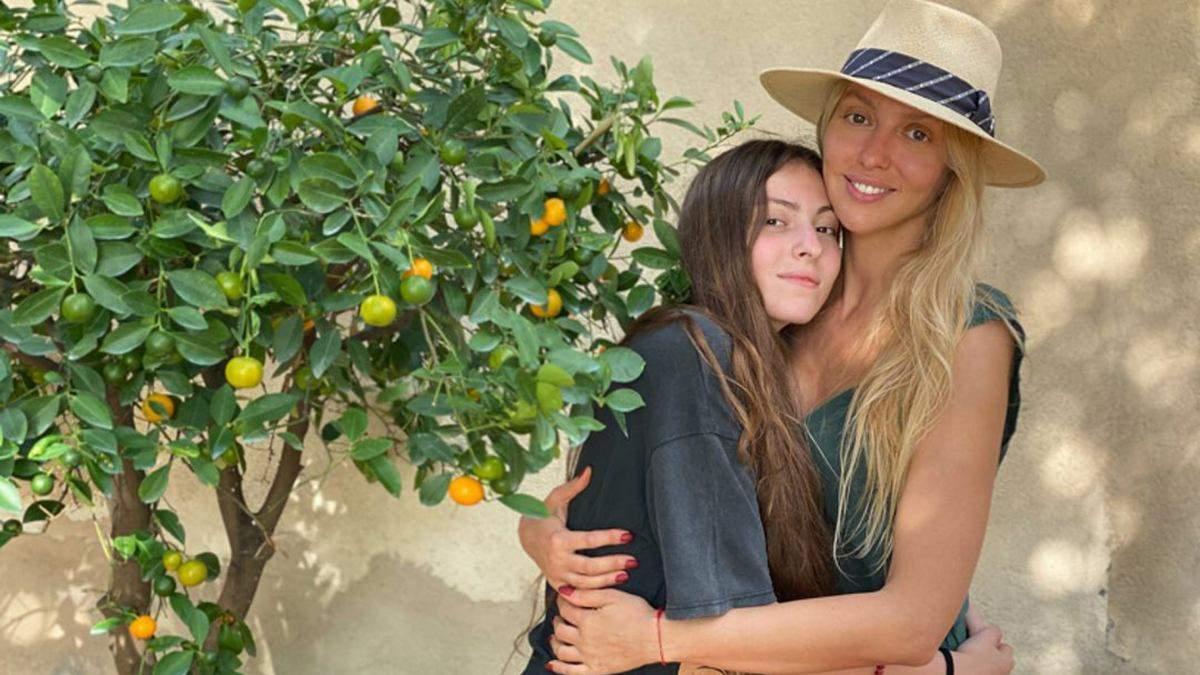 Оля Полякова привітала доньку з днем народження