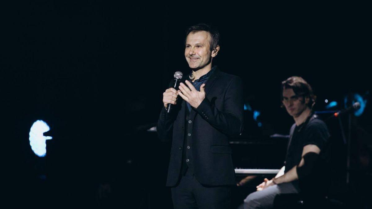 Святослав Вакарчук подарував пісню лікарям
