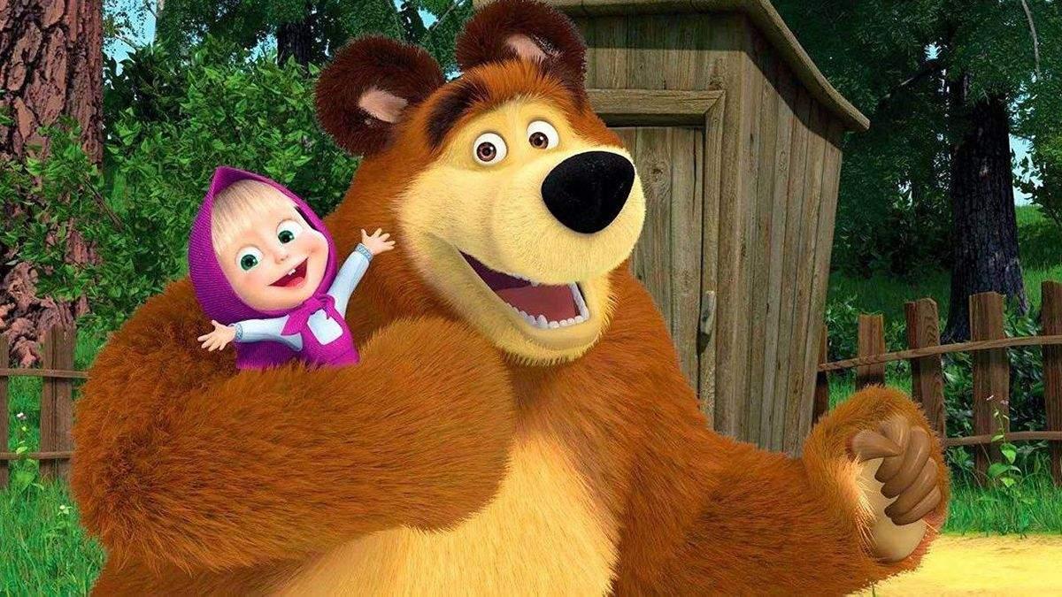 """Герої мультфільму """"Маша і ведмідь"""" на вулицях Одеси"""