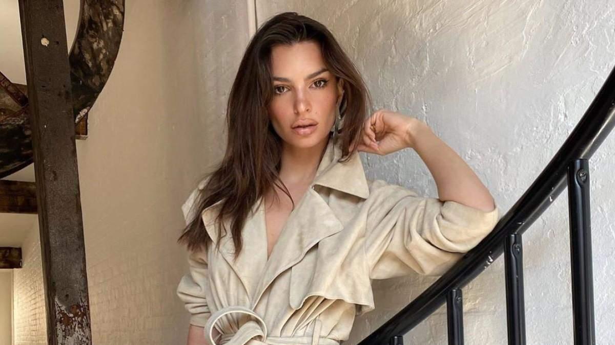 Сексапильная модель Эмили Ратаковски объяснила, почему делает эротические фото (18+)