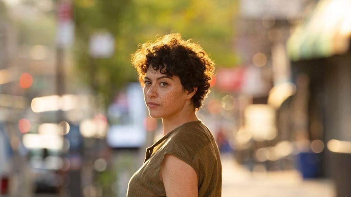 Алия Шокат прокомментировала роман с Брэдом Питтом