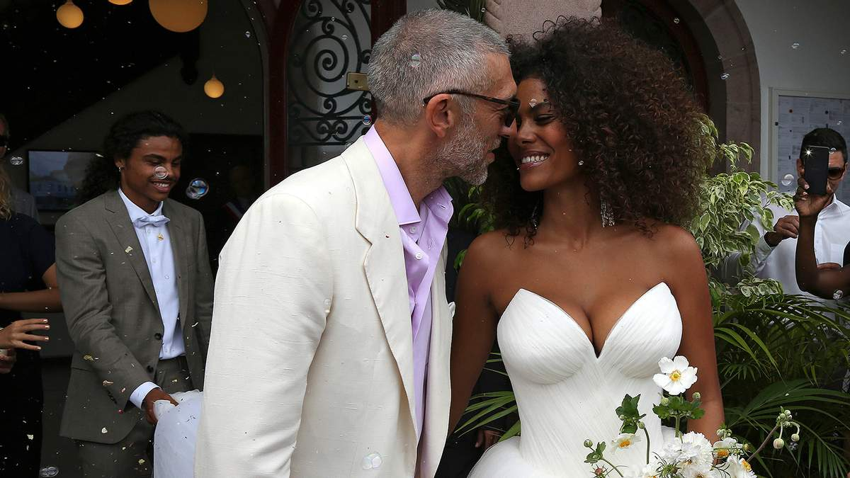 Венсан Кассель и Тина Кунаки празднуют вторую годовщину свадьбы