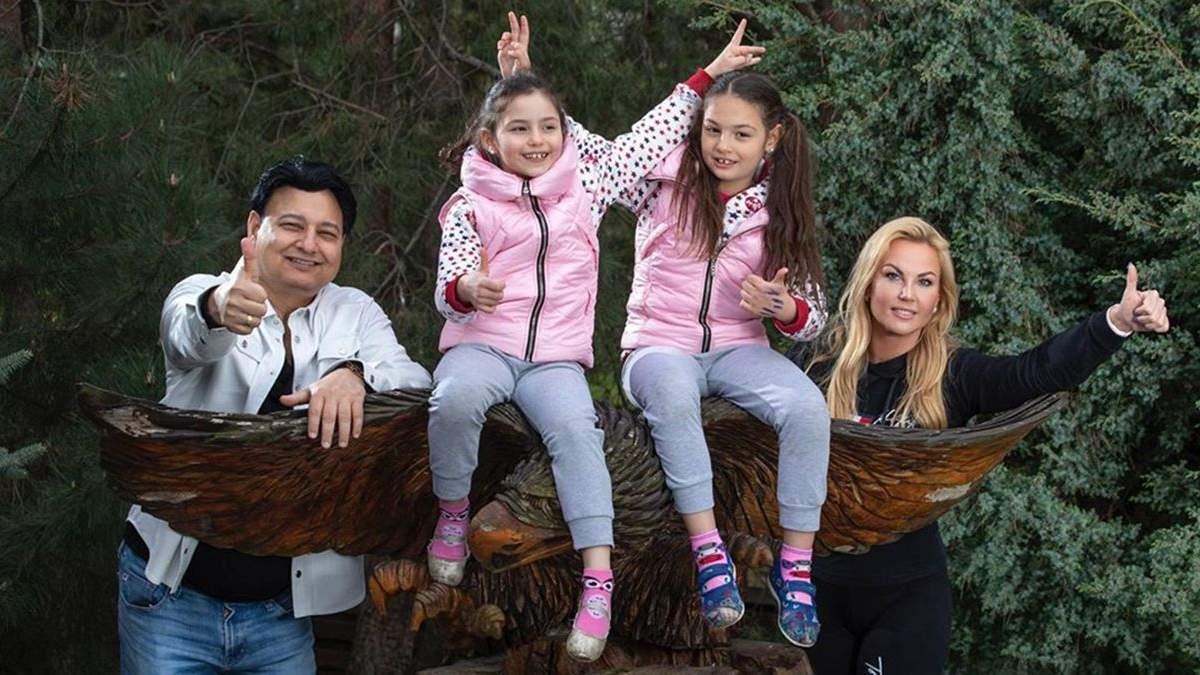 Камалия поздравляла дочерей-двойняшек с днем рождения