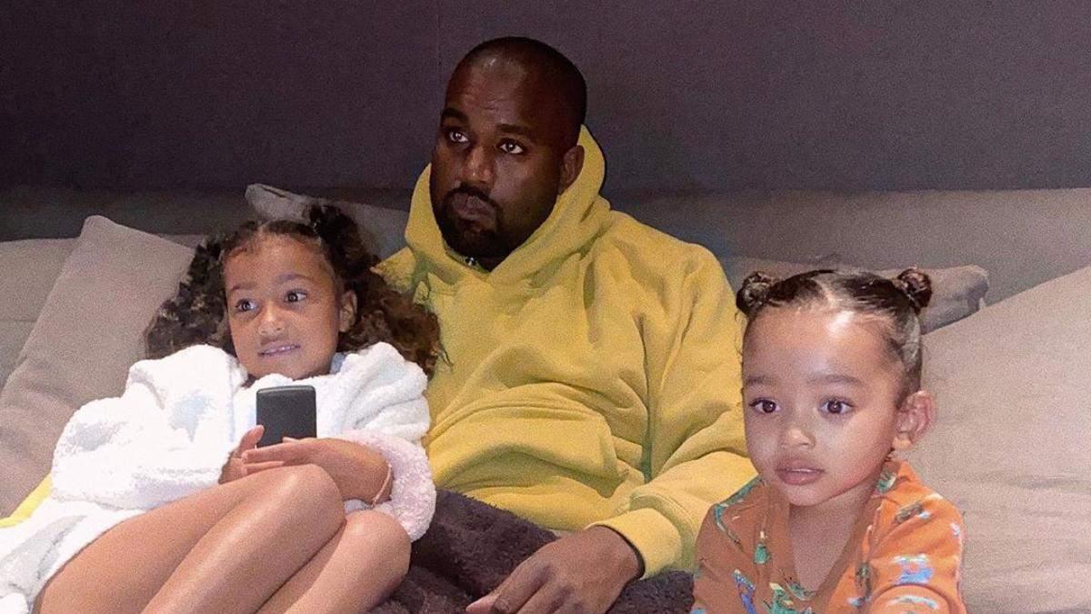 Канье Уэст с детьми