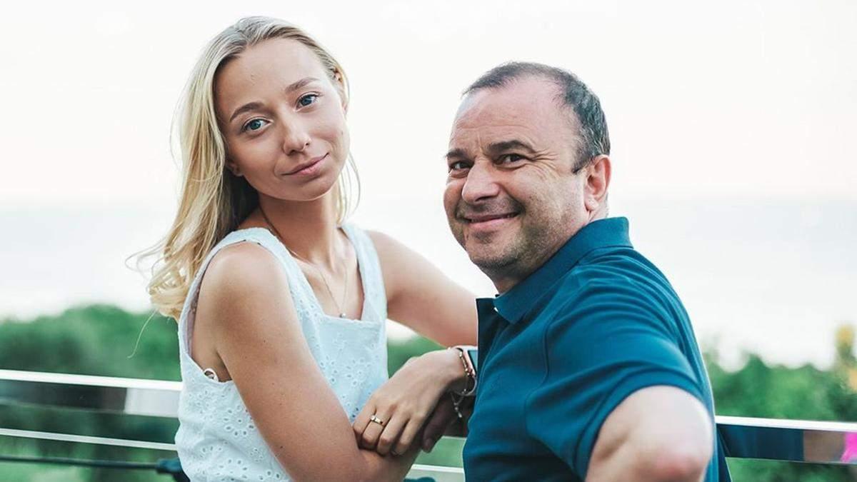 Дружина Павліка відреагувала на скасування весілля