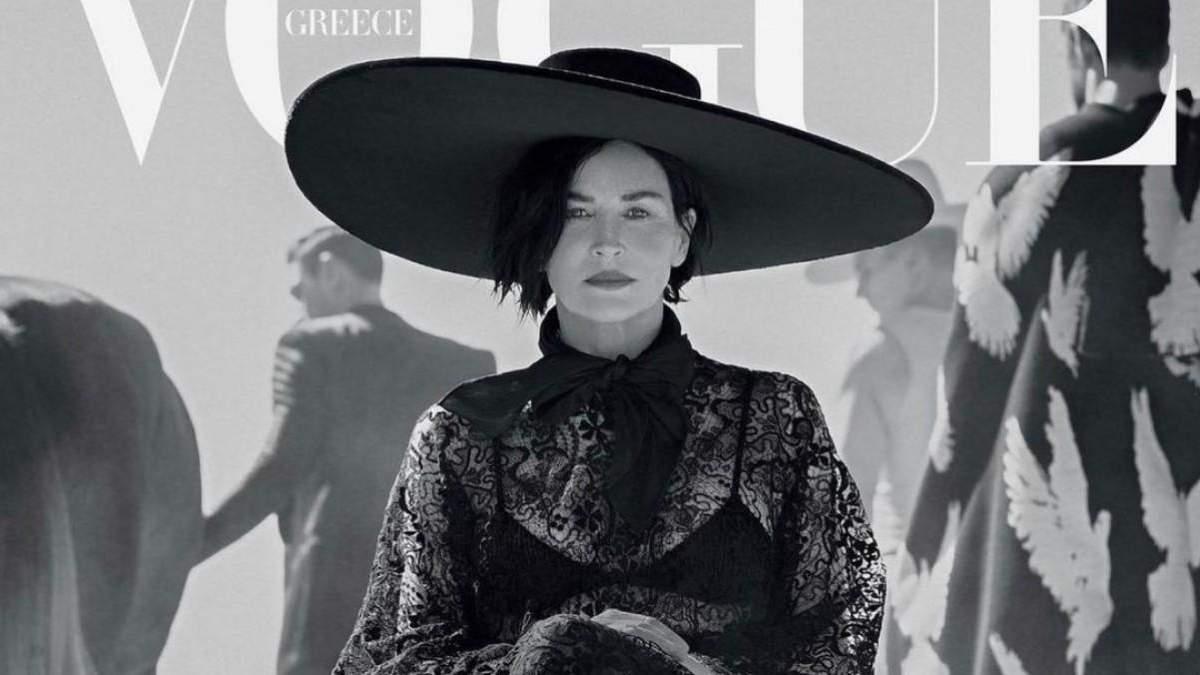 Шэрон Стоун примерила шляпу от украинского дизайнера: фото