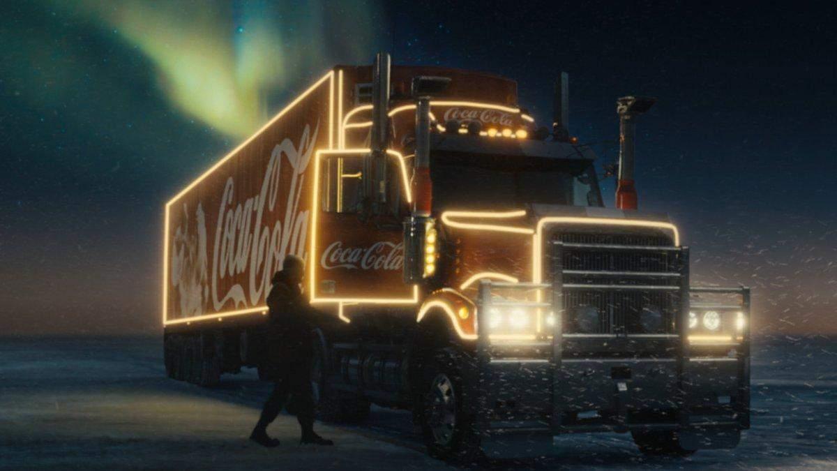 Свято наближається: в мережі з'явилась різдвяна реклама Соса-Cola: відео