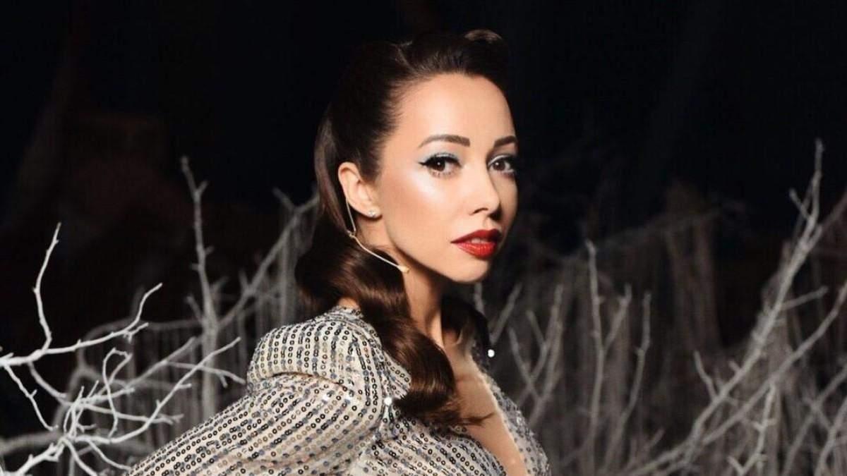 Екатерина Кухар в финале Танцев со звездами 2020: видео