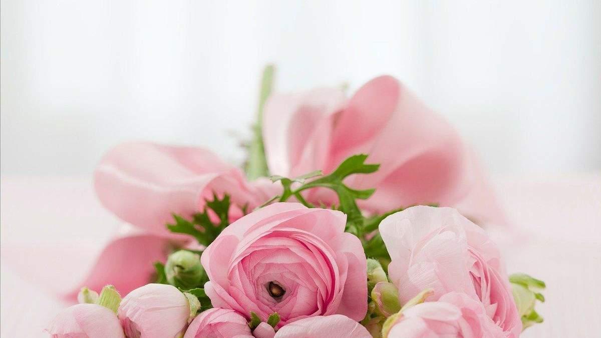 Картинки с Днем Ангела Валентины 2021: поздравления, открытки