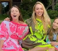 Прогулянка Києвом і шопінг: Оля Полякова влаштувала сімейний вечір з доньками – фото