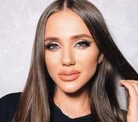 """Победительница """"Холостяка-10"""" Даша Ульянова сексуально выгнулась на пикантном фото"""