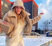 В шубке и панаме: Леся Никитюк показала стильный зимний образ – фото