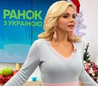 У світлій сукні: Лілія Ребрик підкорила елегантним образом – фото