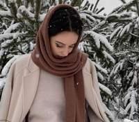 Как защитить волосы зимой от мороза и шапки: действенные советы