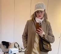 10 стильних зимових образів Розі Гантінгтон-Вайтлі, які захоче повторити кожна модниця