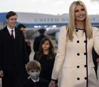 В молочном пальто: Иванка Трамп очаровала элегантным образом – фото
