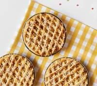 Куриный пирог с финиками и мандаринами: сытный рецепт к праздничному столу