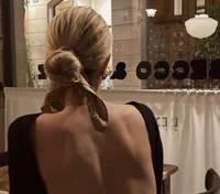 Топ з відкритою спиною – сексуальний хіт інстаграму: як його носять модні блогери