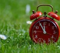 Перехід на літній час: коли в Україні переведуть годинники на годину вперед