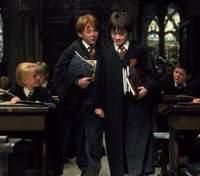 """Ностальгия в одном кадре Том Фелтон поделился архивным фото со звездами """"Гарри Поттера"""""""