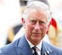 Принц Чарльз поділився сімейними світлинами та спогадами про покійного батька