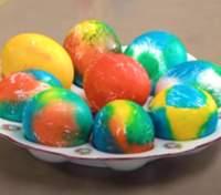 Как оригинально и быстро покрасить яйца на Пасху: советы от Тани Литвиновой