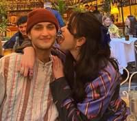 Кохання у повітрі: Дуа Ліпа оприлюднила романтичні фото з братом Белли та Джіджі Хадід